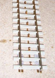 Beton-Gleis mit Mittelleiter